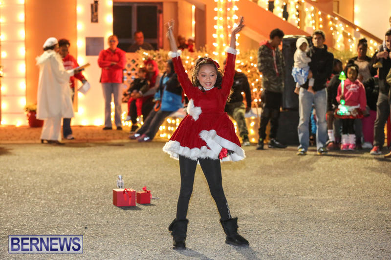 St-Georges-Santa-Claus-Parade-Bermuda-December-13-2014-17