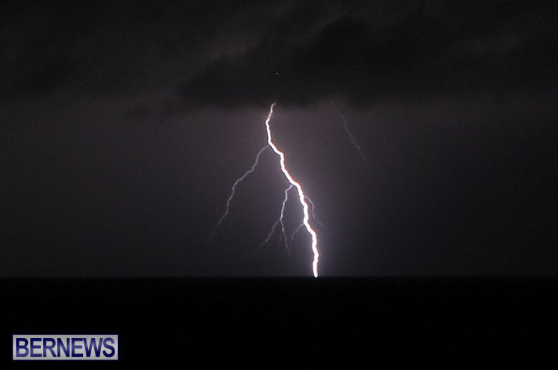 Bermuda-Lightning-January-26-2015-8