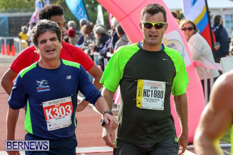 Race-Weekend-10K-Finish-Line-Bermuda-January-17-2015-102