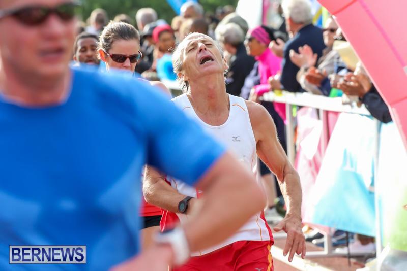 Race-Weekend-10K-Finish-Line-Bermuda-January-17-2015-110