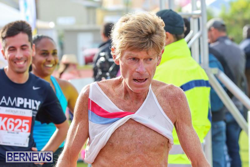 Race-Weekend-10K-Finish-Line-Bermuda-January-17-2015-125