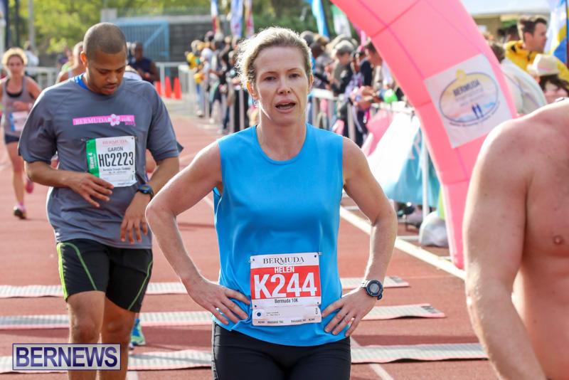 Race-Weekend-10K-Finish-Line-Bermuda-January-17-2015-131