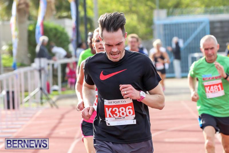 Race-Weekend-10K-Finish-Line-Bermuda-January-17-2015-138