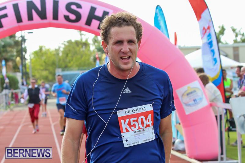Race-Weekend-10K-Finish-Line-Bermuda-January-17-2015-143