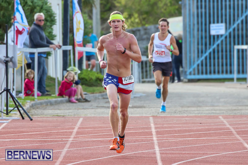 Race-Weekend-10K-Finish-Line-Bermuda-January-17-2015-16