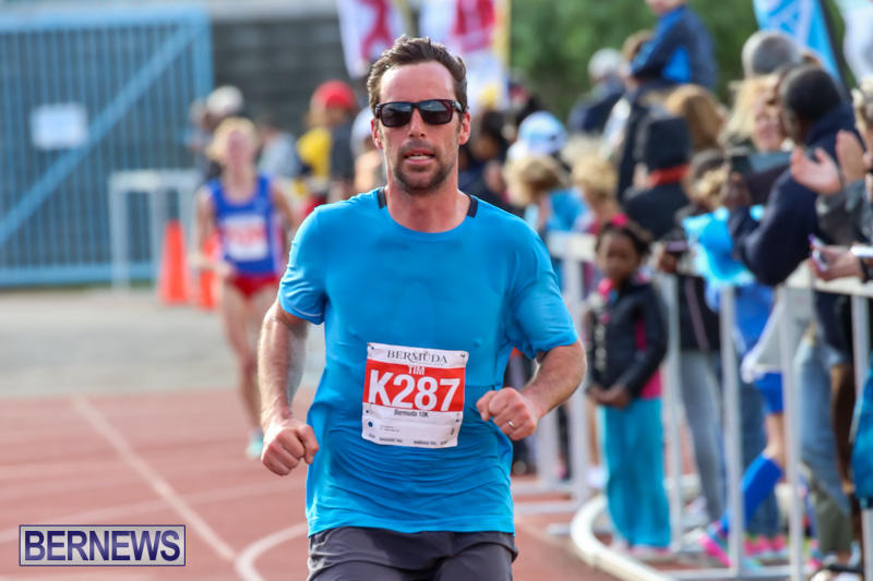 Race-Weekend-10K-Finish-Line-Bermuda-January-17-2015-18