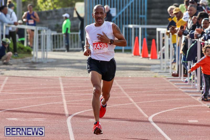Race-Weekend-10K-Finish-Line-Bermuda-January-17-2015-35