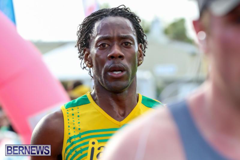 Race-Weekend-10K-Finish-Line-Bermuda-January-17-2015-46