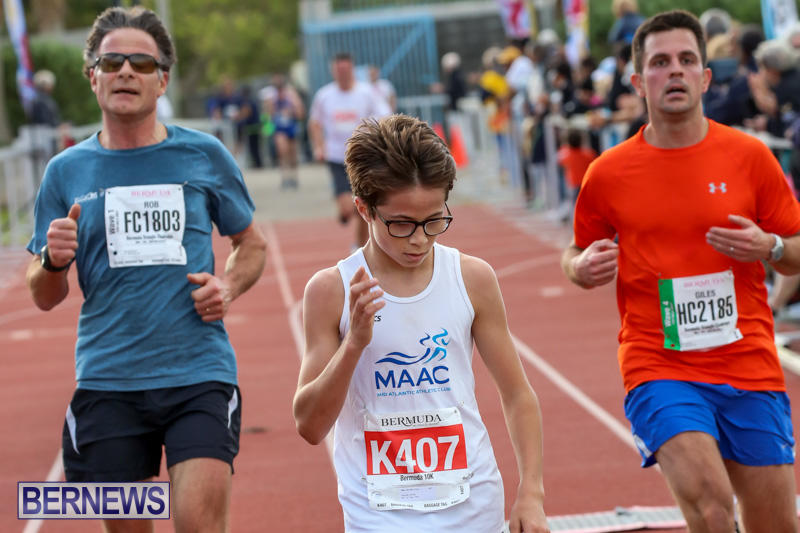 Race-Weekend-10K-Finish-Line-Bermuda-January-17-2015-54