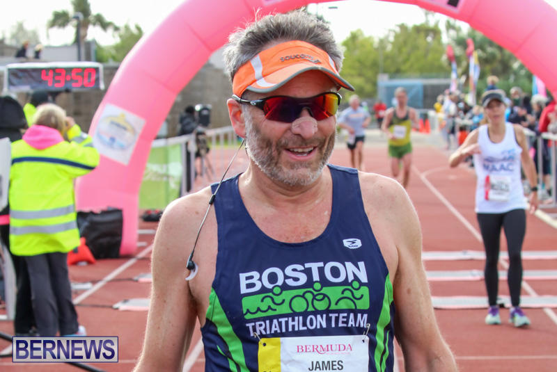 Race-Weekend-10K-Finish-Line-Bermuda-January-17-2015-81