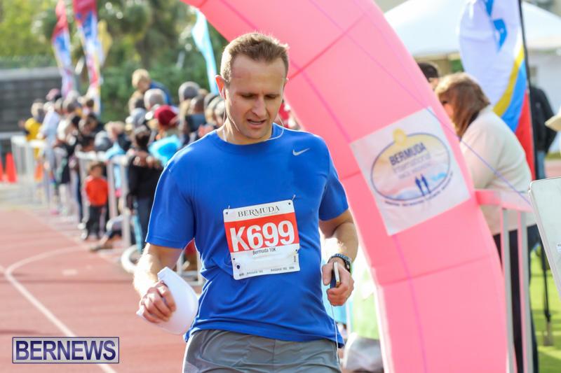 Race-Weekend-10K-Finish-Line-Bermuda-January-17-2015-87