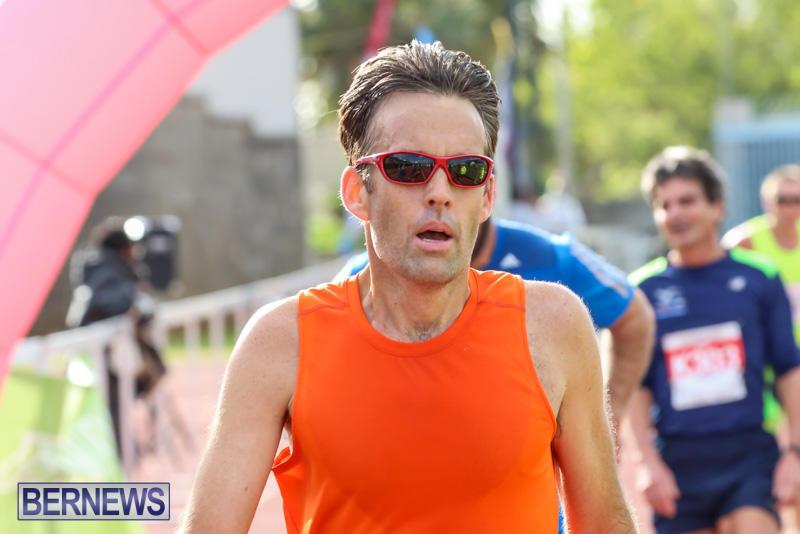 Race-Weekend-10K-Finish-Line-Bermuda-January-17-2015-99