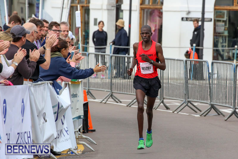 Race-Weekend-Marathon-Finish-Line-Bermuda-January-18-2015-140