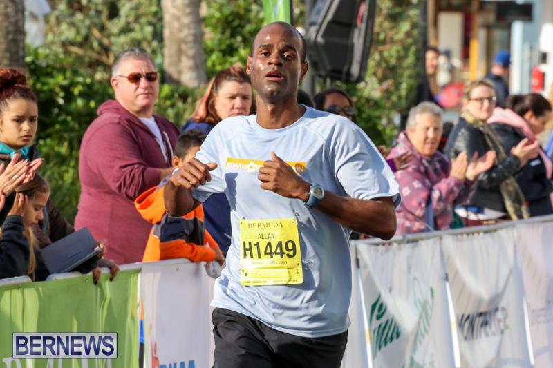 Race-Weekend-Marathon-Finish-Line-Bermuda-January-18-2015-33