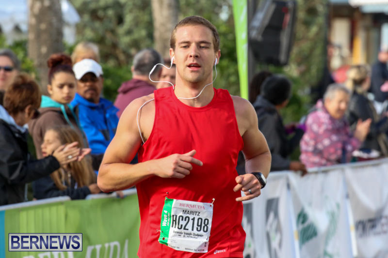 Race-Weekend-Marathon-Finish-Line-Bermuda-January-18-2015-36