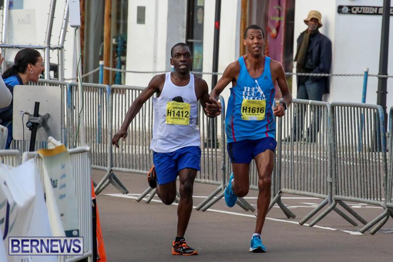 Race-Weekend-Marathon-Finish-Line-Bermuda-January-18-2015-4