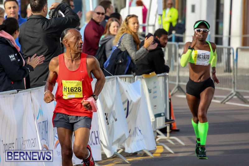 Race-Weekend-Marathon-Finish-Line-Bermuda-January-18-2015-42