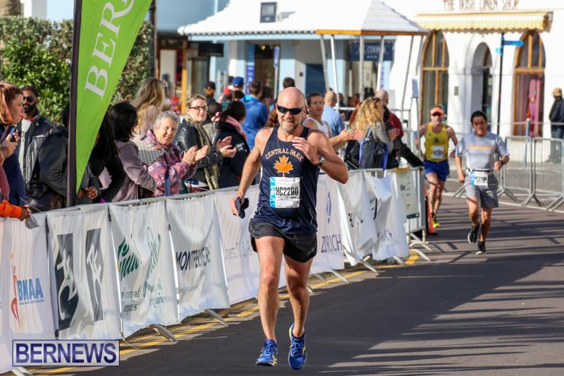Race-Weekend-Marathon-Finish-Line-Bermuda-January-18-2015-93