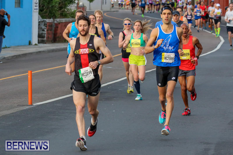 Race-Weekend-Marathon-Start-Bermuda-January-18-2015-13