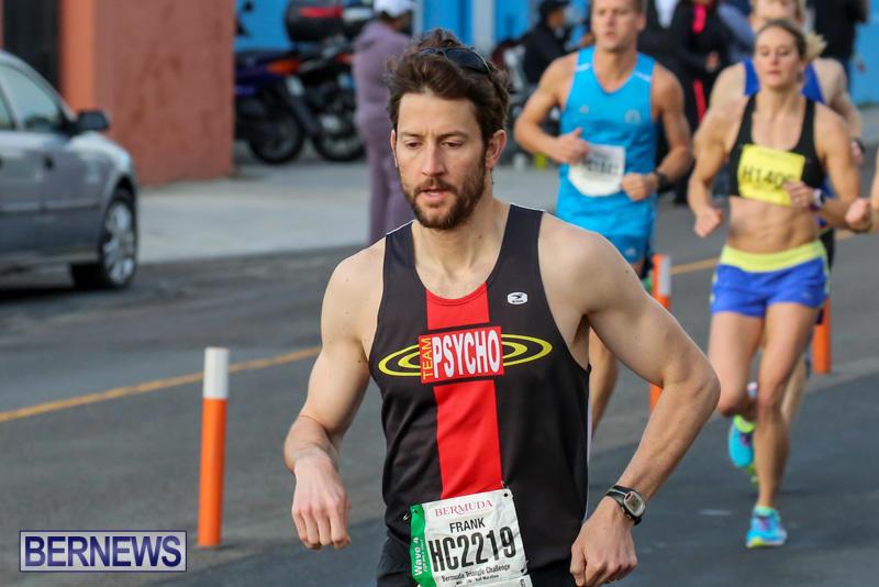 Race-Weekend-Marathon-Start-Bermuda-January-18-2015-16
