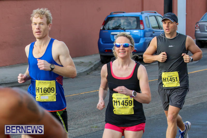 Race-Weekend-Marathon-Start-Bermuda-January-18-2015-20