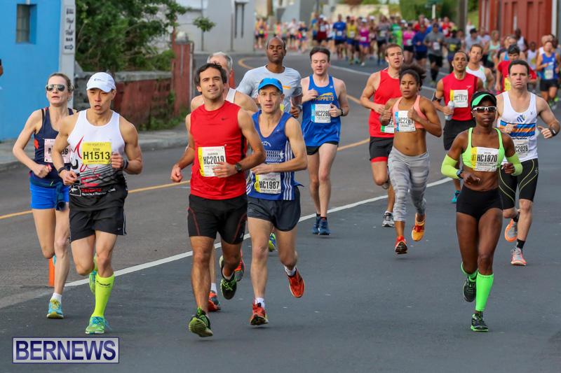 Race-Weekend-Marathon-Start-Bermuda-January-18-2015-24