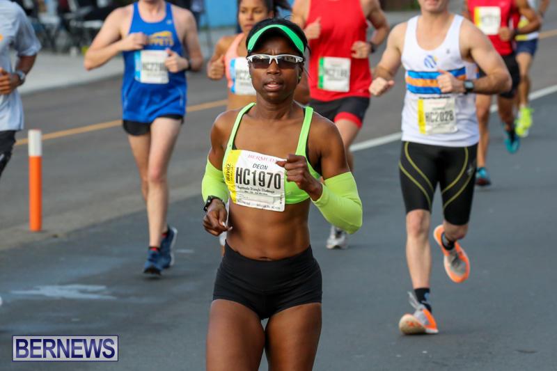 Race-Weekend-Marathon-Start-Bermuda-January-18-2015-28