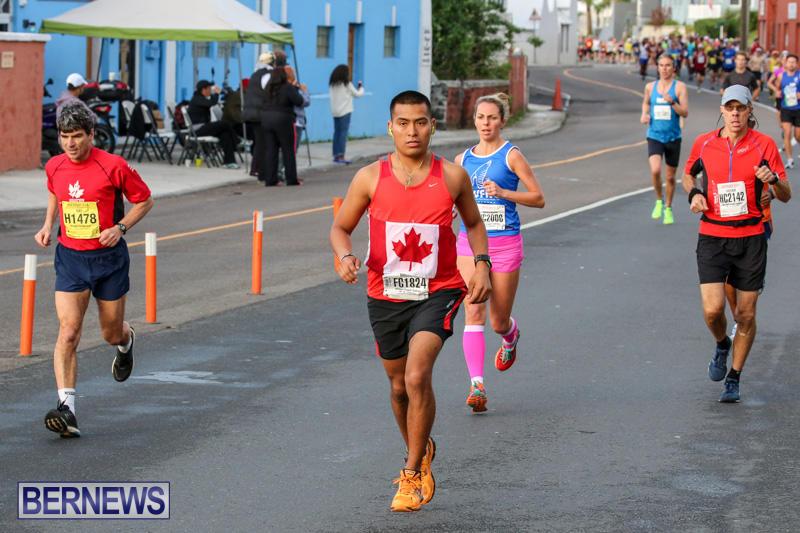 Race-Weekend-Marathon-Start-Bermuda-January-18-2015-37