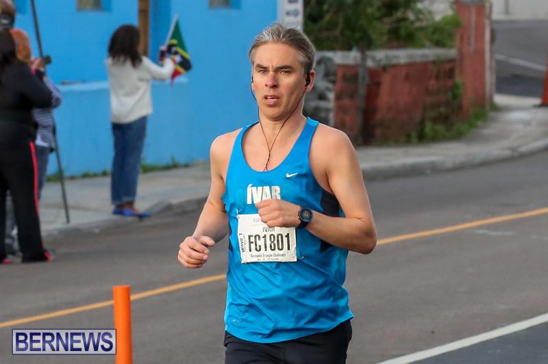 Race-Weekend-Marathon-Start-Bermuda-January-18-2015-42