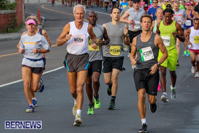 Race-Weekend-Marathon-Start-Bermuda-January-18-2015-45