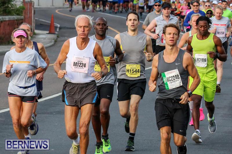 Race-Weekend-Marathon-Start-Bermuda-January-18-2015-46
