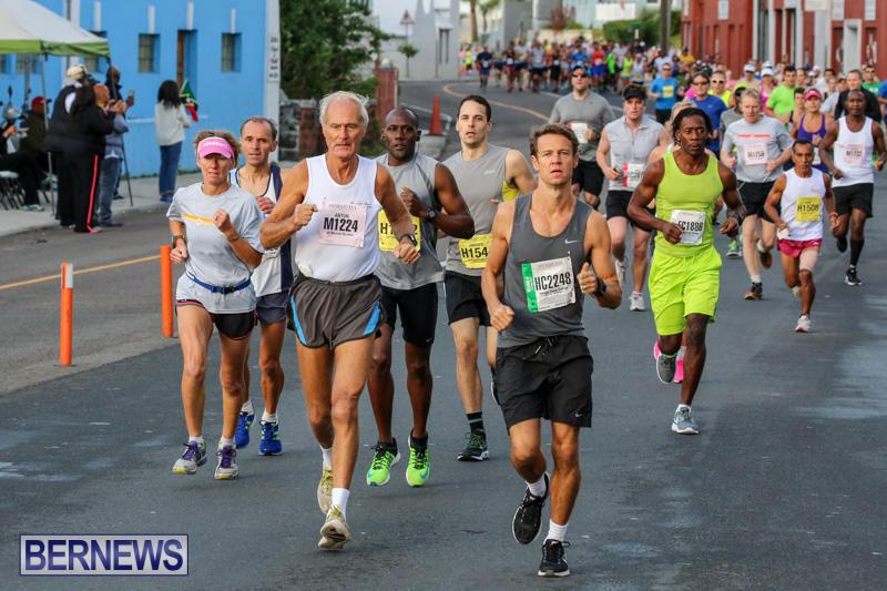Race-Weekend-Marathon-Start-Bermuda-January-18-2015-48