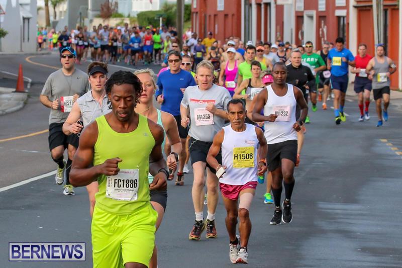 Race-Weekend-Marathon-Start-Bermuda-January-18-2015-50