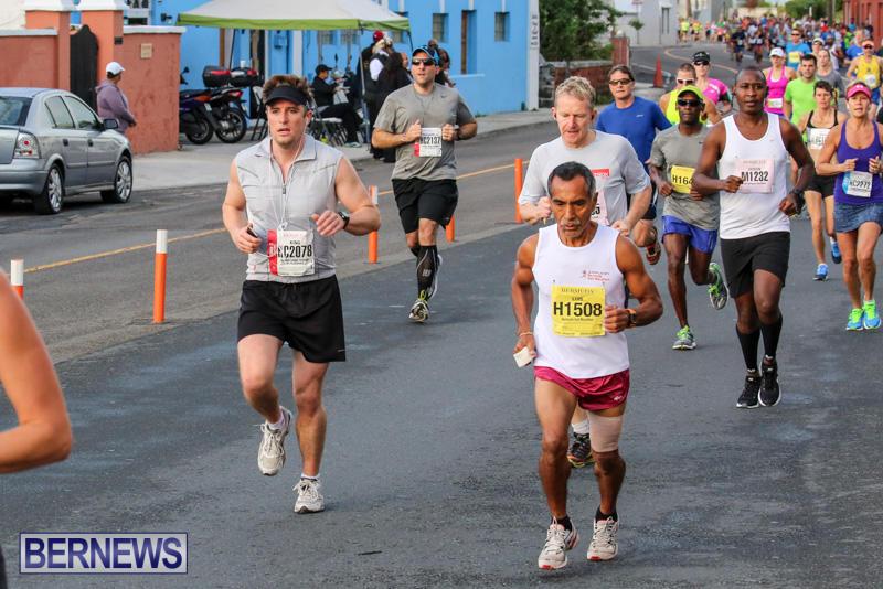 Race-Weekend-Marathon-Start-Bermuda-January-18-2015-52