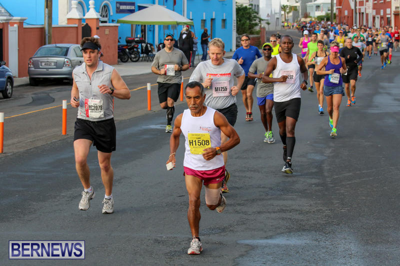 Race-Weekend-Marathon-Start-Bermuda-January-18-2015-53
