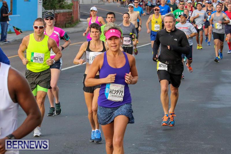 Race-Weekend-Marathon-Start-Bermuda-January-18-2015-55
