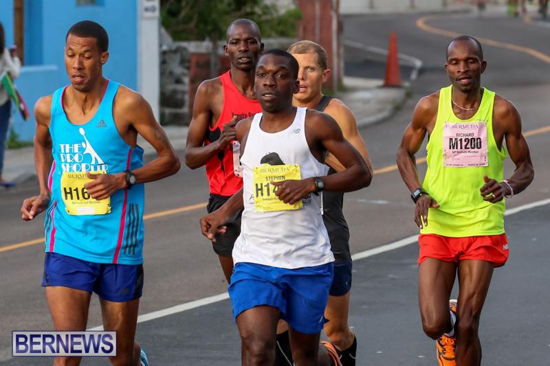 Race-Weekend-Marathon-Start-Bermuda-January-18-2015-7