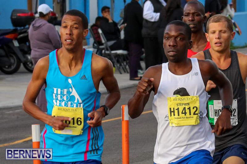 Race-Weekend-Marathon-Start-Bermuda-January-18-2015-8