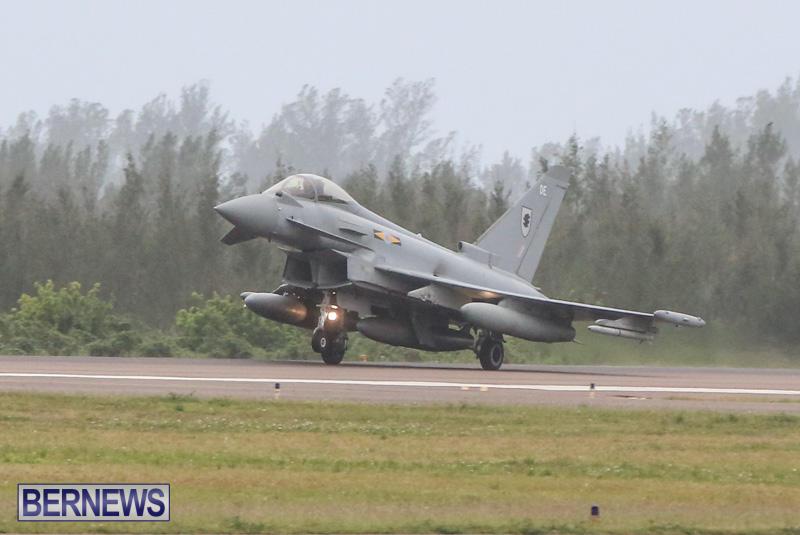 Royal-Air-Force-RAF-Typhoon-A330-200-Voyager-Bermuda-January-6-2015-13