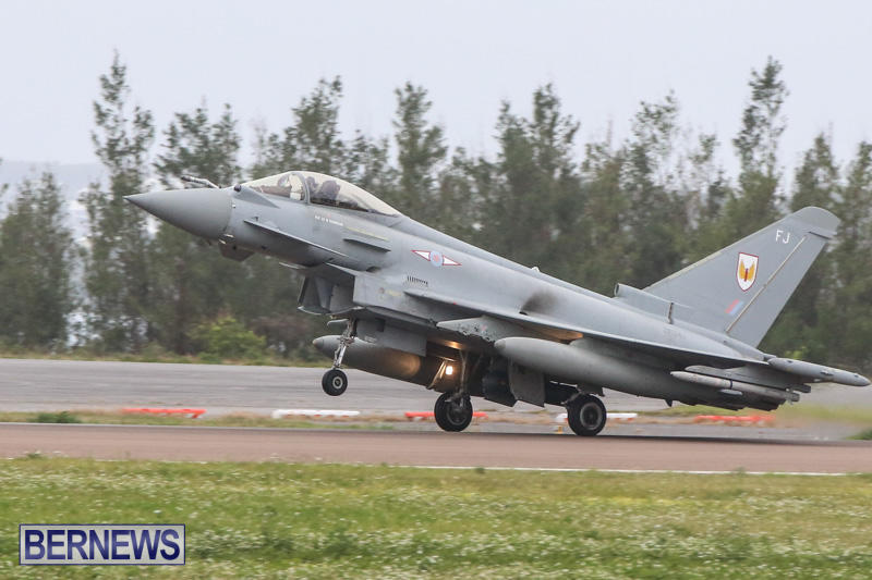 Royal-Air-Force-RAF-Typhoon-A330-200-Voyager-Bermuda-January-6-2015-7