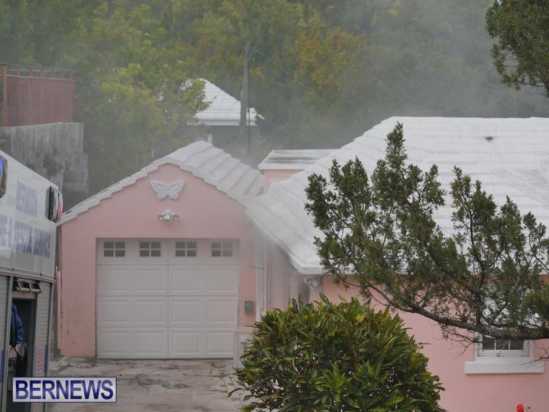 Woodlawn Road Fire Bermuda, February 12 2015 (2)