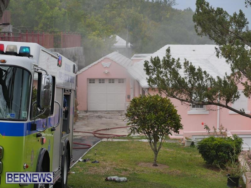 Woodlawn Road Fire Bermuda, February 12 2015 (3)