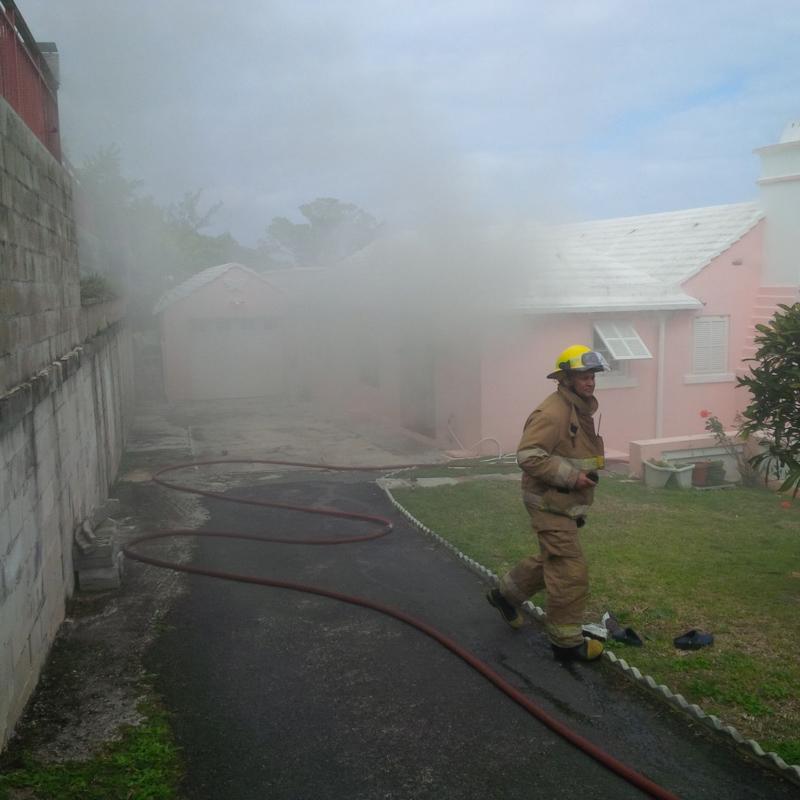 Woodlawn Road House Fire Bermuda, February 12 2015-3