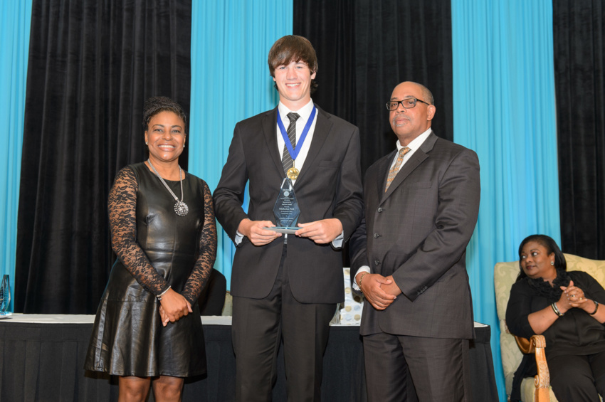 2015-Outstanding-Teen-Awards-Anthony-Wade-32
