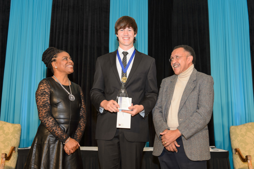 2015-Outstanding-Teen-Awards-Anthony-Wade-39