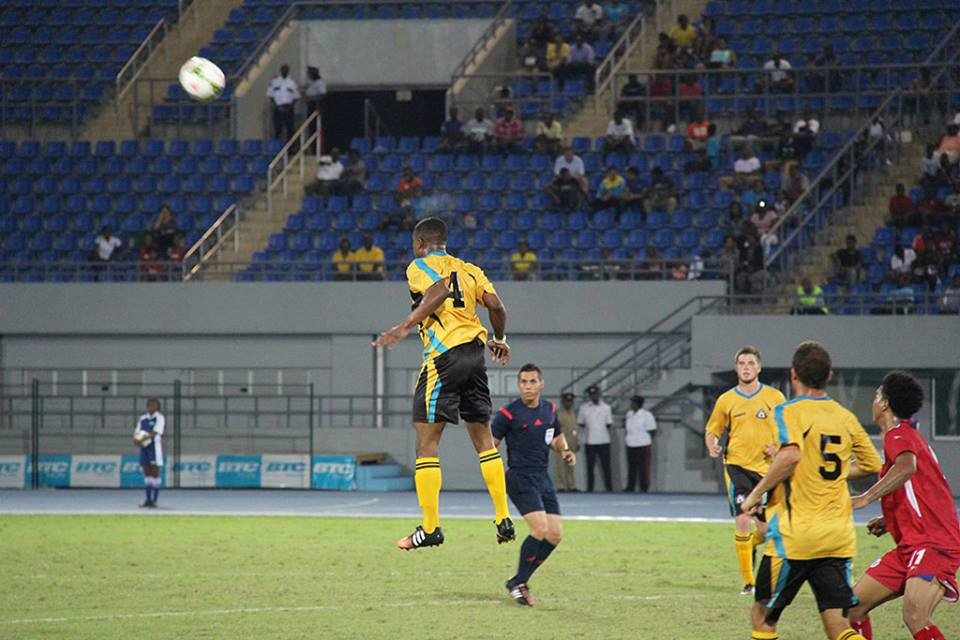 Bermuda-v-Bahamas-football-2015-4