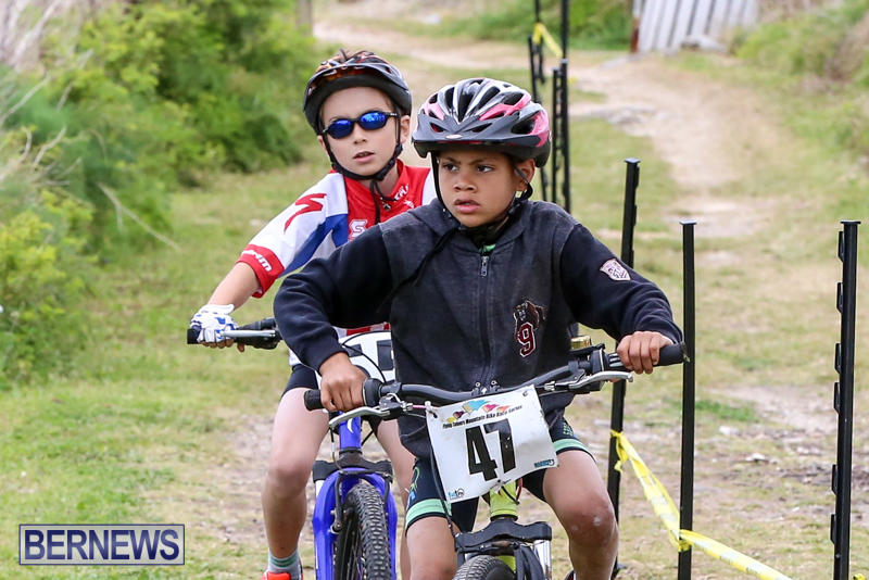 Flying-Colours-Mountain-Bike-Race-Bermuda-March-22-2015-14