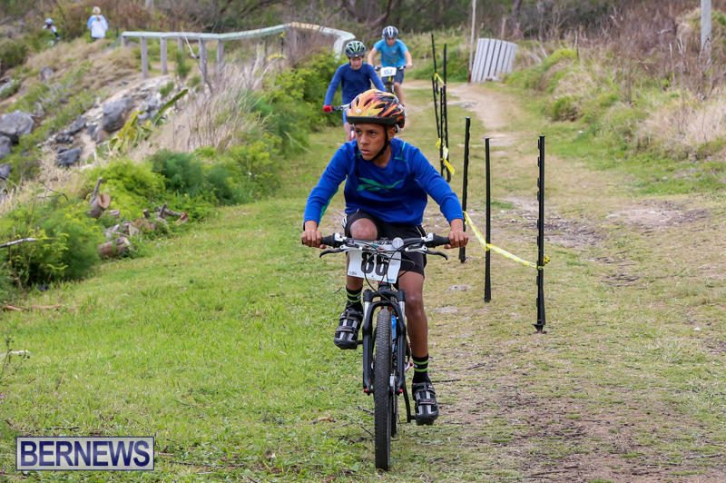 Flying-Colours-Mountain-Bike-Race-Bermuda-March-22-2015-3