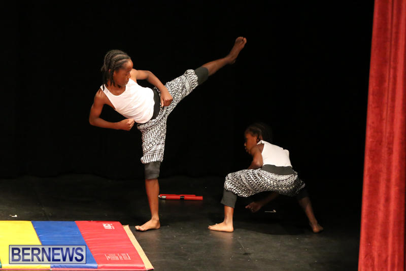 CedarBridge-Fashion-Show-Lumiere-Bermuda-April-17-2015-19