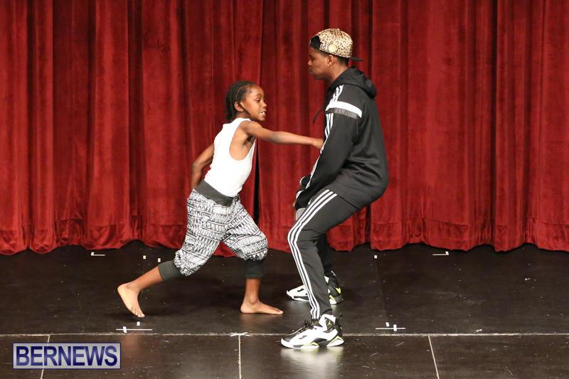 CedarBridge-Fashion-Show-Lumiere-Bermuda-April-17-2015-21